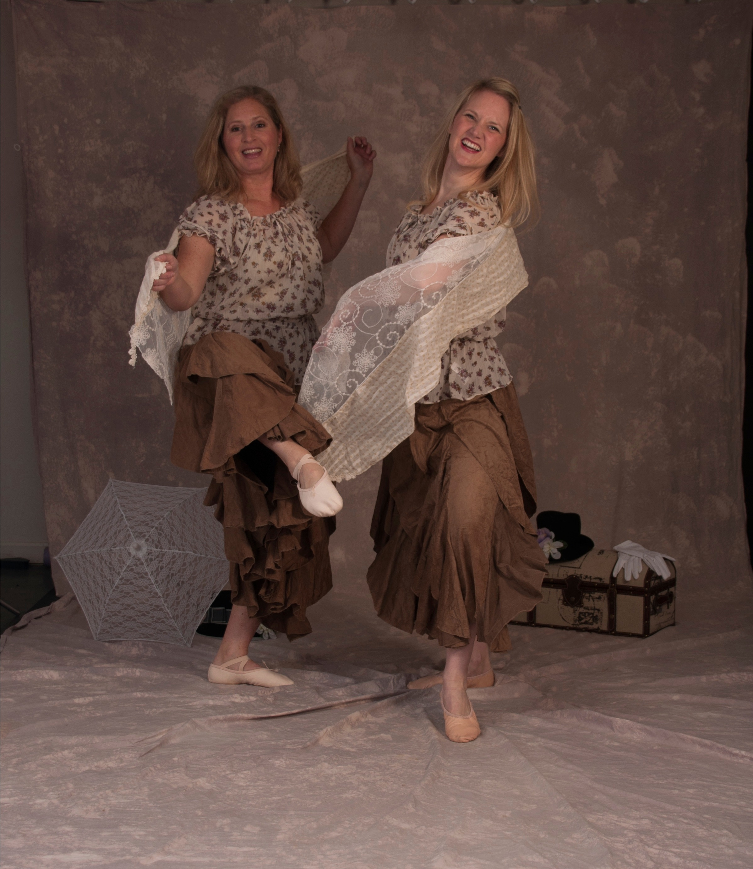 RC Dance Duo In Brown001  Hi Res